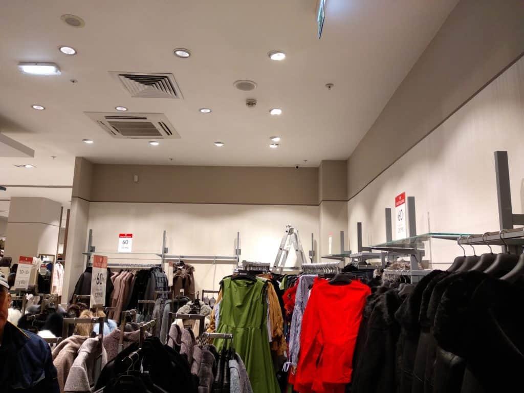 Установка системы видеонаблюдения в магазине